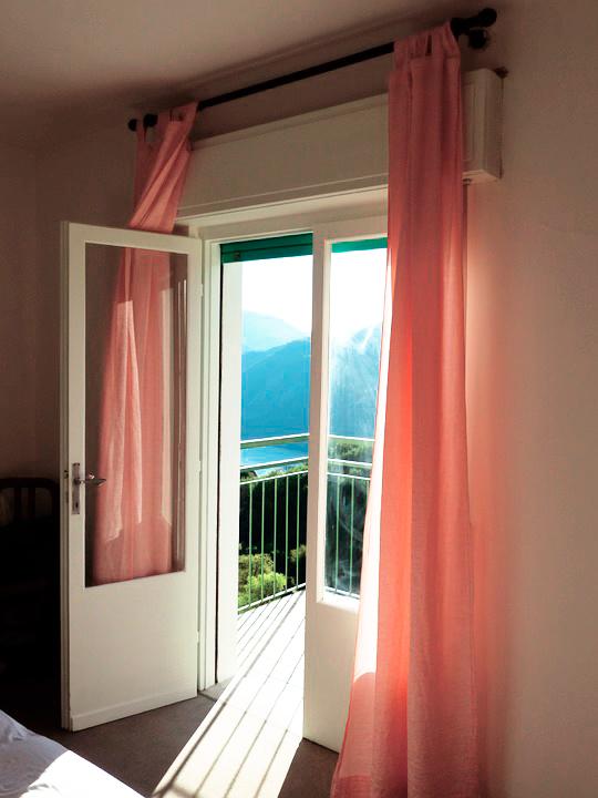 passende l ftunssysteme f r ihre fenster und t ren im. Black Bedroom Furniture Sets. Home Design Ideas